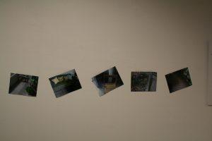 Ciclo sui limiti della rappresentazione visiva: Foto mentre abbraccio mia madre (le foto-nonfoto)